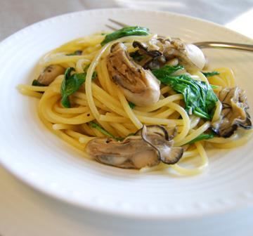 牡蠣とルッコラのスパゲッティ